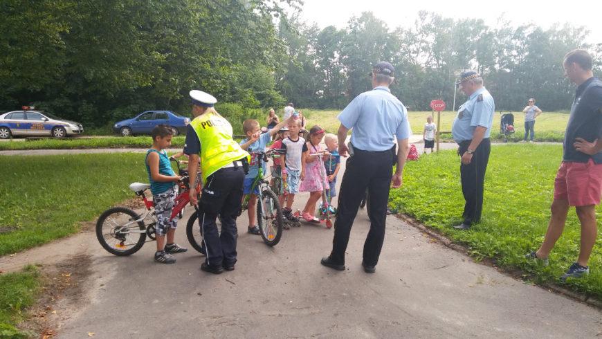 Sokólscy policjanci z wizytą w miasteczku ruchu drogowego