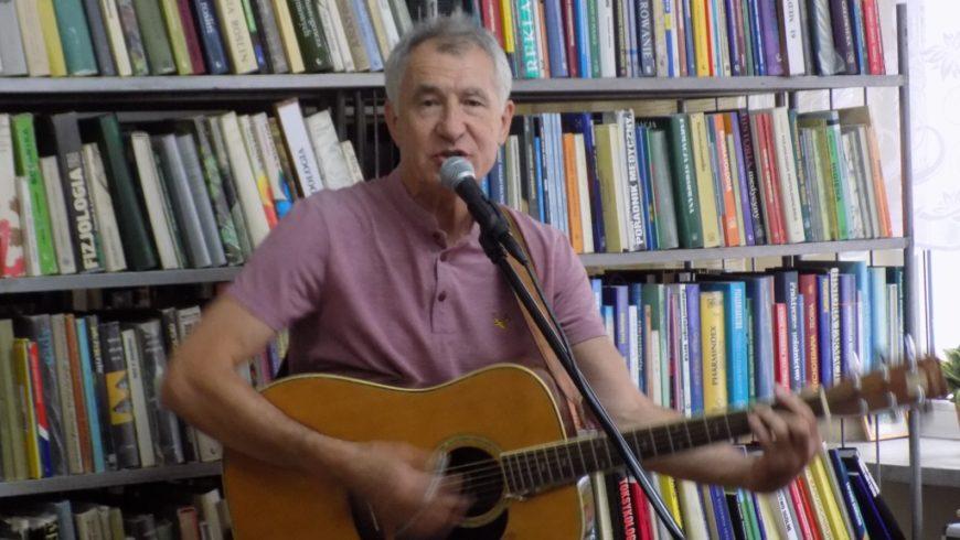 Autor książek dla dzieci odwiedził Bibliotekę w Sokółce