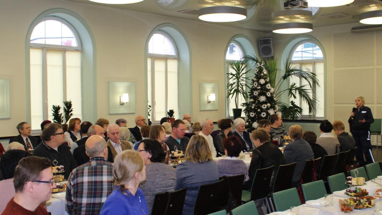 Policjantki wzięły udział w spotkaniu Polskiego Związku Niewidomych