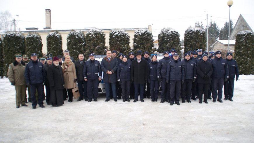 Nowe radiowozy sokólskich policjantów