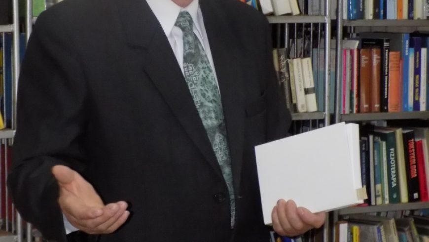 Pisarz w Bibliotece, czyli spotkanie z Michałem Laszukiem