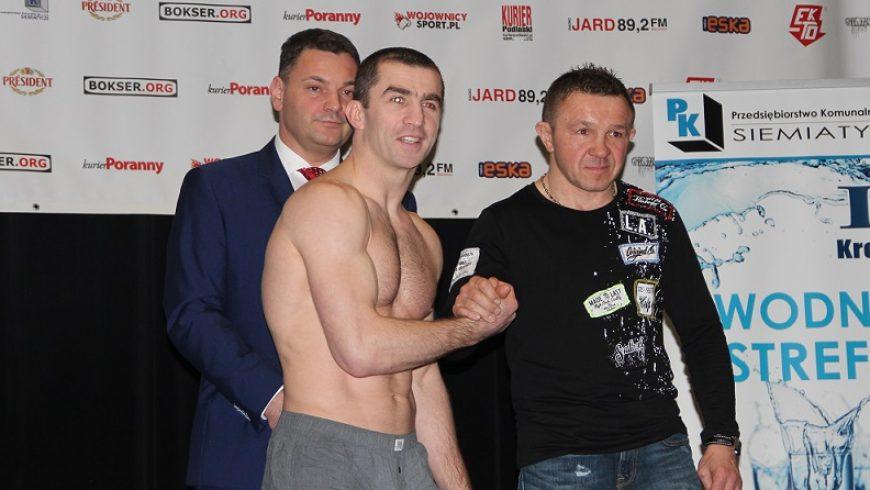 Nurodinov wygrywa w debiucie na punkty