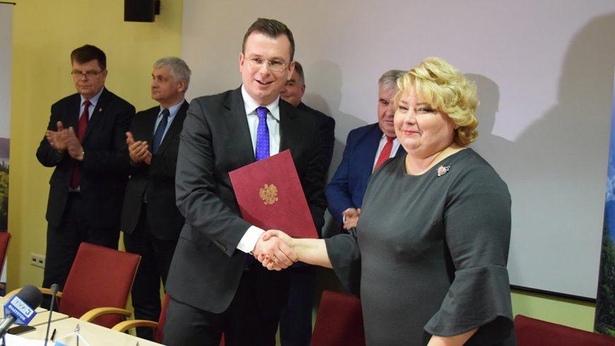 """Umowa na realizację projektu """"Szlakiem Tyzenhauza"""" podpisana"""
