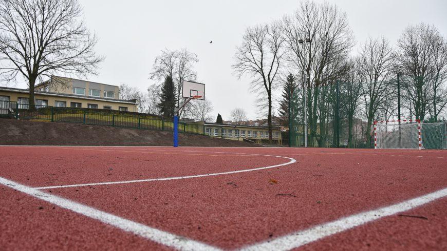 Nowe boiska przy Szkole Podstawowej nr 30 w Białymstoku
