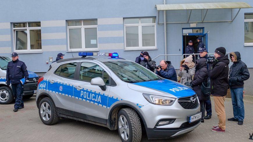 Nowe samochody dla policji