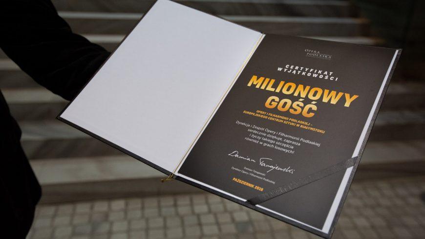 Milionowy widz Opery i Filharmonii Podlaskiej to pani Anna, polonistka!