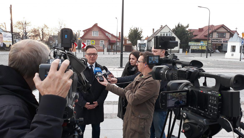 Echa konferencji prasowych w Wasilkowie
