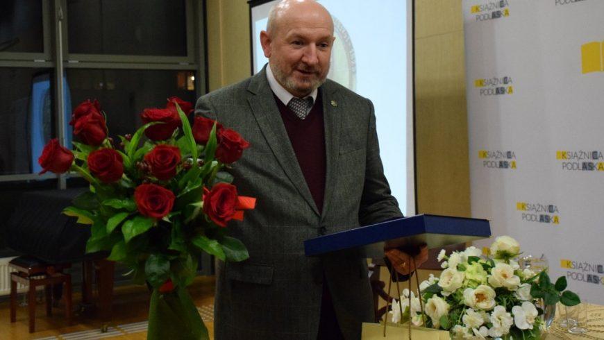 Krzysztof Kuczkowski laureatem Ogólnopolskiej Nagrody Literackiej im. Franciszka Karpińskiego
