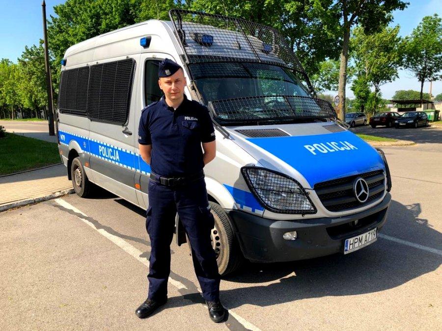 POLICJANT W CZASIE WOLNYM ZATRZYMAŁ NIETRZEŹWEGO KIEROWCĘ TIRA