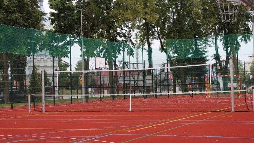 W Wasilkowie otwarto nowoczesne boisko